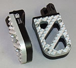 Wide Black Anodized Motorcycle Foot Pegs with Stainless Steel Hunter Tread